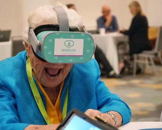 Hazel McCallion tries the new VR headset from Rendever