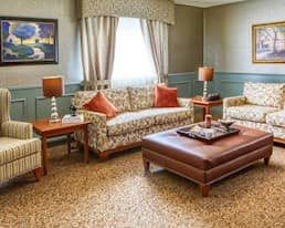 Lounge, Briargate Retirement Residence, Amherstview