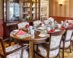 Private Dining Room, Briargate Retirement Residence, Amherstview