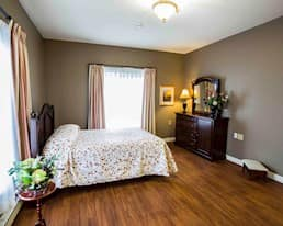 Model Suite, Bedroom Cambridge Estates St. Johns