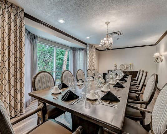 Private Dining Room, Chateau Renoir, Calgary