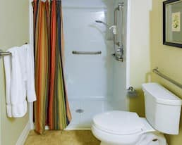 Model Suite, Bathroom, Granite Landing, Cambridge