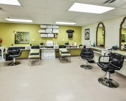 Salon, Plymouth Cordage, Welland