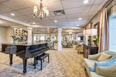 Lounge, The Bentley Hillsdale, Regina