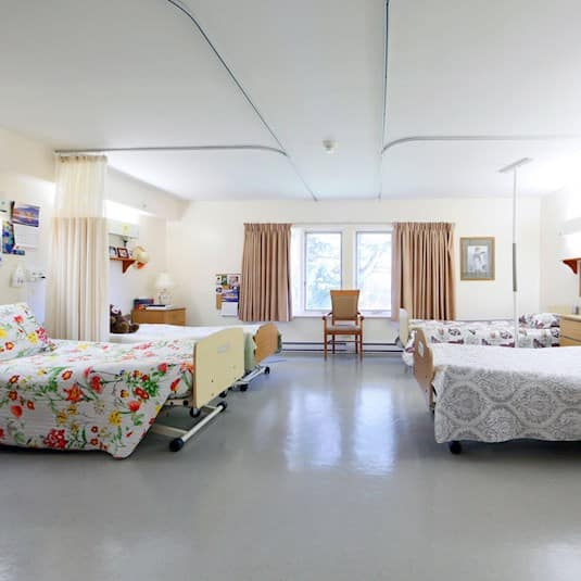 A typical ward room in an older long term care home